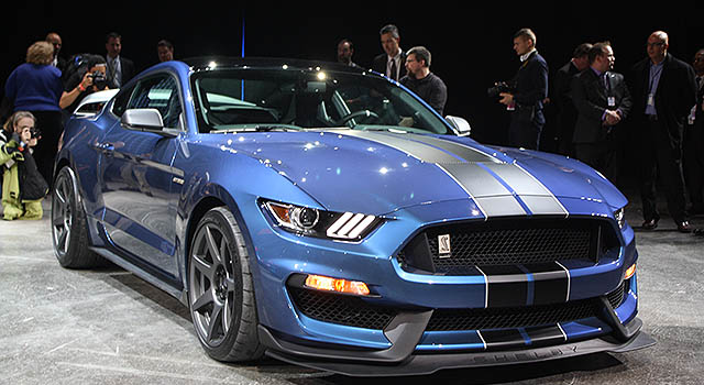 2019 Ford Mustang Mach 1 front