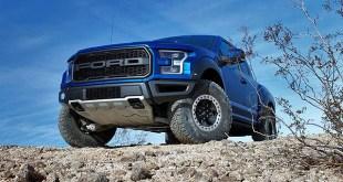 2019 Ford F-150 Raptor front