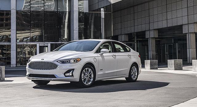 2019 Ford Fusion Energi exterior