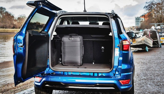 2020 Ford EcoSport trunk