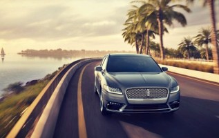 2020 Lincoln Continental front
