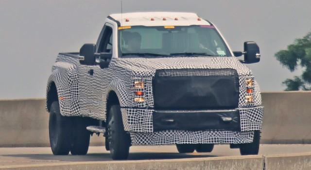 2020 Ford Super Duty Spy Photo
