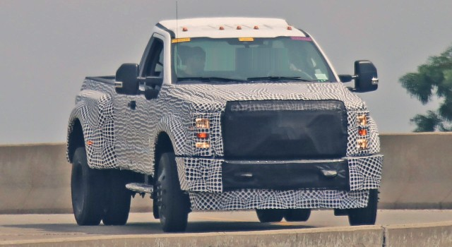 2020 Ford Super Duty Spy Photo