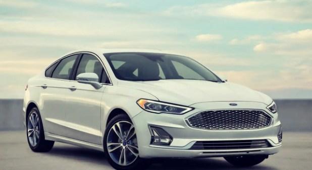 2020 Ford Fusion Energi design