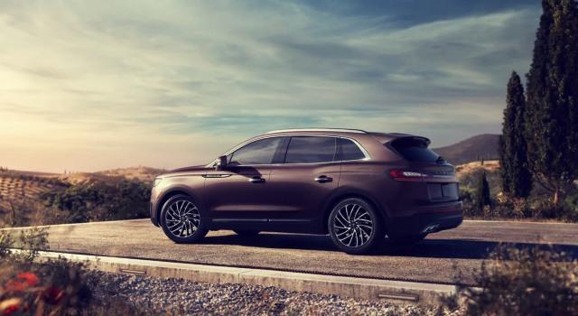 2020 Lincoln Nautilus exterior