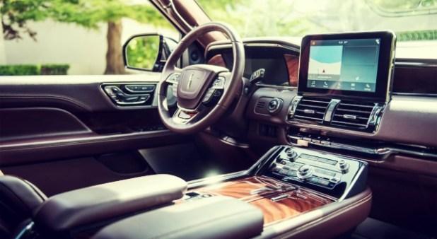 2020 Lincoln Navigator Hybrid interior