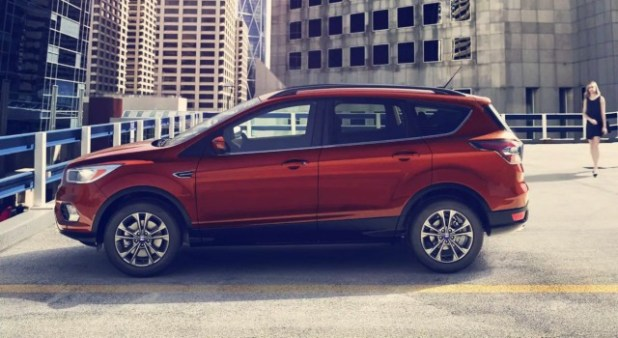 2020 Ford Escape Titanium exterior
