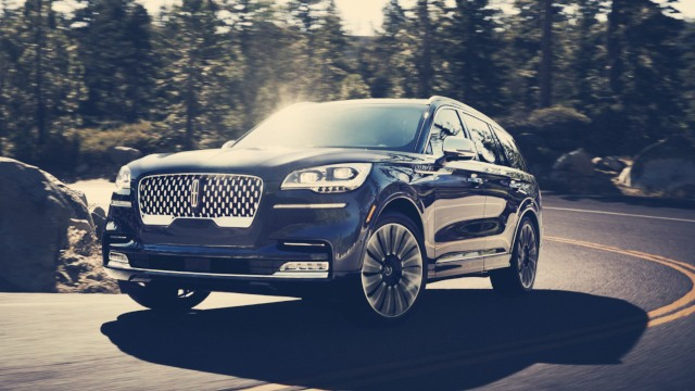 2020 Lincoln Aviator Hybrid redesign