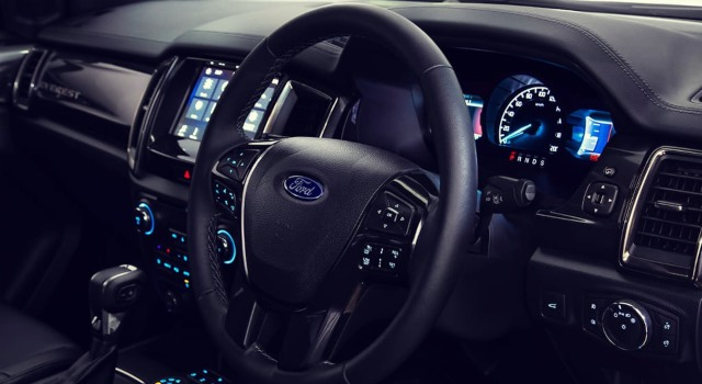 2020 Ford Everest Titanium interior