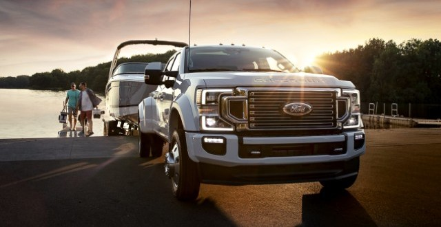 2021 Ford F-450 front