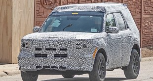 2021 Ford Maverick spy shots