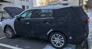 2021 Ford Endeavour spy shots