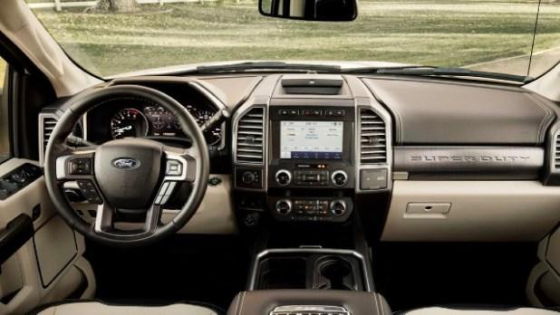 2021 Ford F-350 Super Duty interior