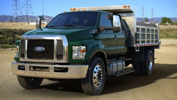 2022 Ford F-750 towing