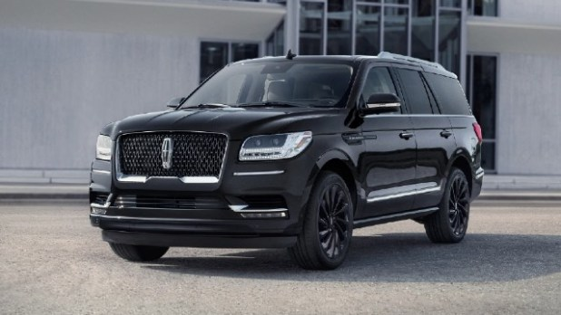 2022 Lincoln Navigator Black