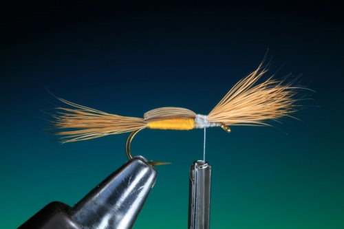 Forelle Äsche Fliegenbinden Barry Ord Clarke Humpy14