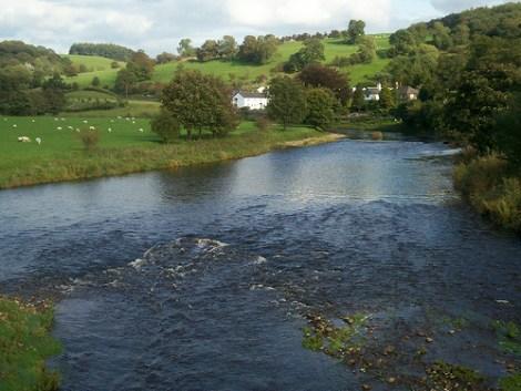 River Ribble © flickr: willgrady