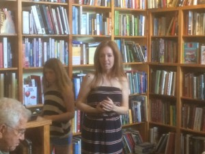 Ellen Urbani with a packed house at Lemuria Books!