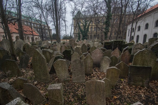 The old Jewish cemetery in 2013. (photo by Flickr user Tim Bocek, Creative Commons license)