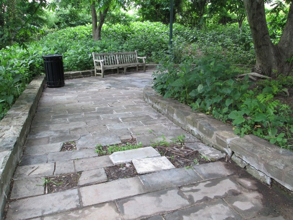 36th park missing pavers