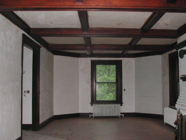 A photo of the interior before the renovation.