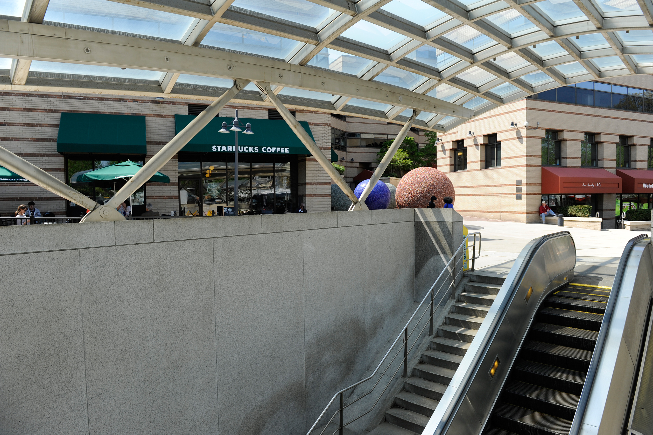 No New Date For Delayed 3 Year Van Ness Escalator Project