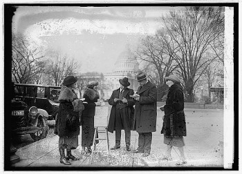 Voting in 1923. (Photo courtesy of the Library of Congress)