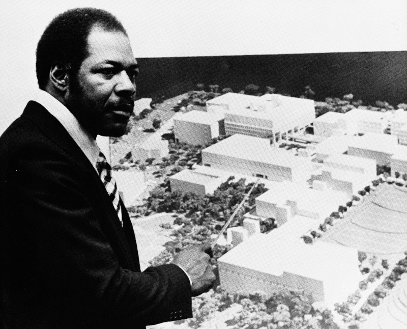 Cleveland Dennard with plans for the new campus north of Van Ness Street. (photo from HBCU Library Alliance)