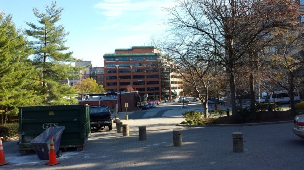 Windom place at UDC looking east toward park