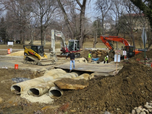 Relaying Pipes for Broad Branch Creek under Linean Avenue