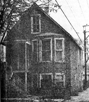 This residence was demolished in 1978 to make way for diagonal parking off the alley of Marengo near Roosevelt.