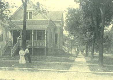 Home of Mr. Otto Schneider was at the corner of Elgin and Washington Blvd., steps away from his restaurant, at the turn of the century.