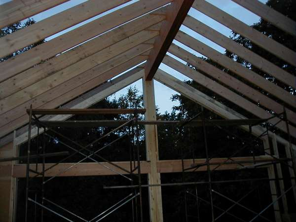 How to build a vaulted ceiling ridge beam www for How to build a cathedral ceiling