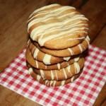 Chewy White Chocolate Chunk Cookies