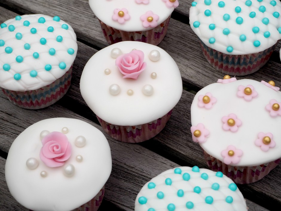 Fondant Cupcakes Forever Baking
