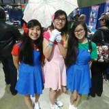 Long Beach Comic Expo 2015 - Mario, Peach, Luigi cosplay