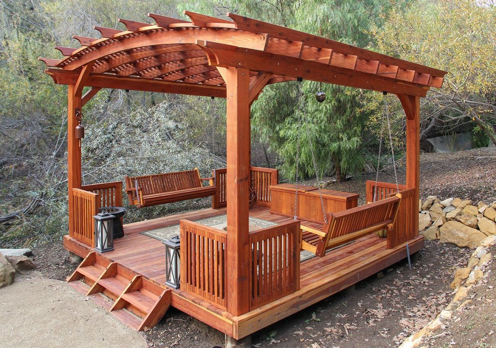Couple's Pergola Provides the Perfect Retreat Space