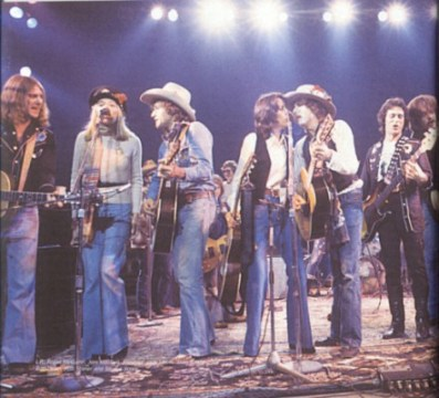 Mitchell, Baez and Dylan take to the stage during his Rolling Thunder Revue