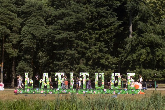 Our photographer about town, Georgie M'Glug, reports on the folkier side of Latitude