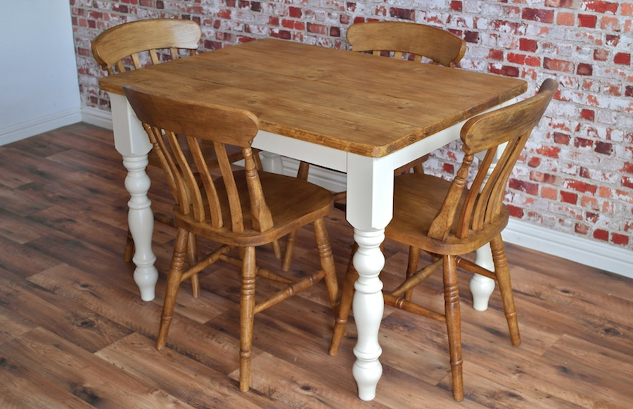 Four Seater Rustic Dining Set With Traditional Dining