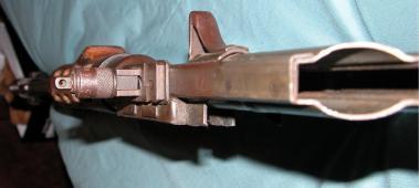 FG42-0038