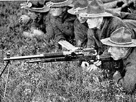 M1909 Benet-Mercie in training