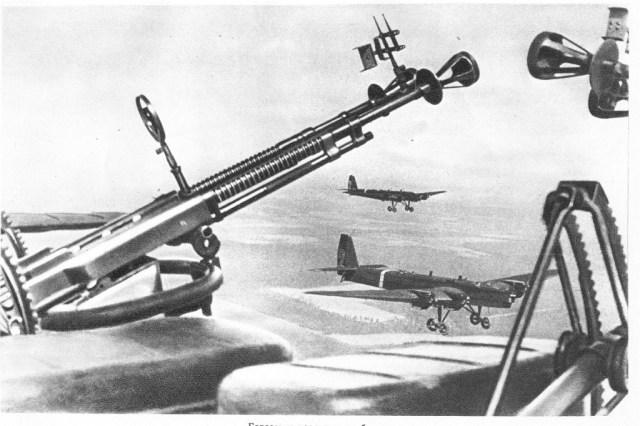 Russian DA-2 aircraft dual-mount machine guns