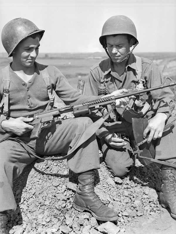 Men of the First Special Service Force with a Johnson LMG at Anzio