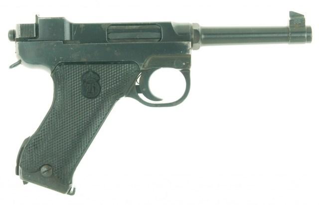 Lahti M 40 pistol