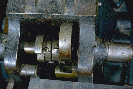 Union Repeating Gun crank assembly