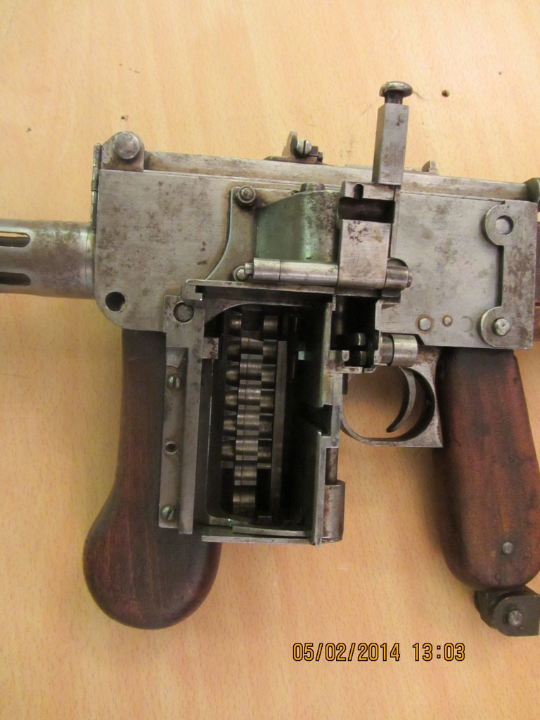 Experimental German 08/18 Maxim SMG – Forgotten Weapons