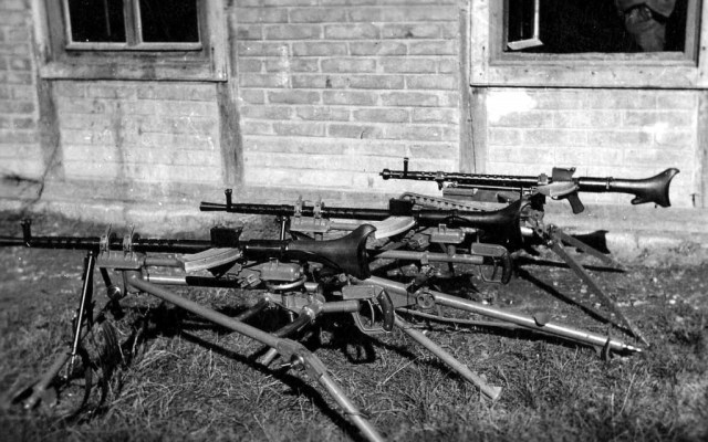 MG30s on tripods
