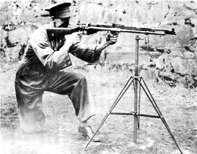 British .303 SMLE Rifle No 1 Mark III fitted with the Rieder Automatic Rifle Attachment and mounted on tripod