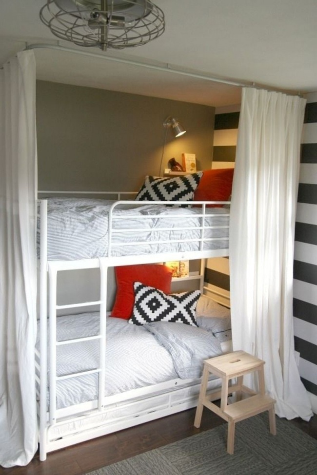 Transform Your Small Room With These 22 Fantastic Ideas on Room Ideas For Small Rooms  id=73553